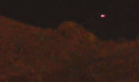 UFO News ~ 7/28/2015 ~ Mysterious UFO Lights Caught On Camera Over Mountain in Tucson, Arizona and MORE Ship%252C%2BUFO%252C%2BUFOs%252C%2Bsighting%252C%2Bsightings%252C%2Balien%252C%2Baliens%252C%2BET%252C%2Brainbow%252C%2Bboat%252C%2Bpool%252C%2B2015%252C%2Bnews%252C%2Bstealing%252C%2Bvolcano%252C%2Bmexico%252C%2Bbicycle%252C%2Blady%252C%2BUN%252C%2Bjennifer%252C%2Baniston%252Cunited%2Bnations%252C%2Bmars%252C%2BY