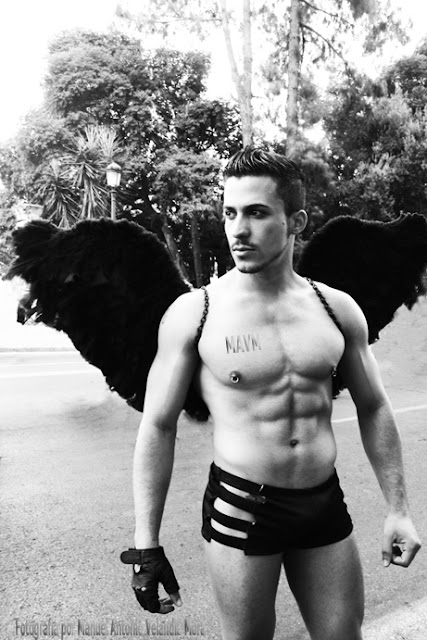 Identidades trans-citadas 4, de la Serie Otras masculinidades, Fotografía por Manuel Antonio Velandia Mora