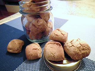 biscotti rustici con farina di ceci e mandorle