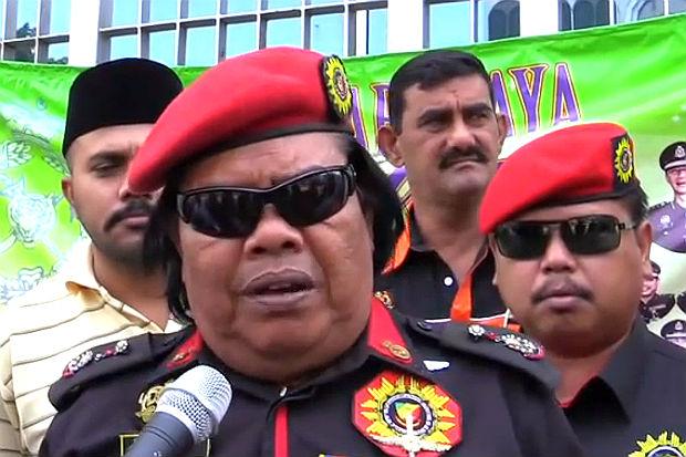 6 Manusia Pelik Dan Unik Di Malaysia (13 Gambar)