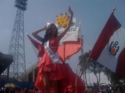 Miss Perú Universe 2011 desfiló en Corso Primaveral