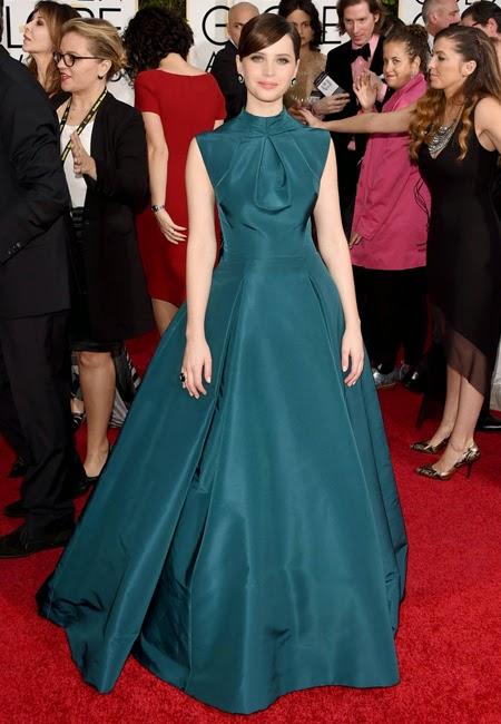 Фелисити Джоунс в бална рокля на наградите Златен глобус 2015