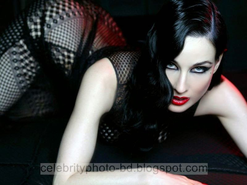 Dita+Von+Teese+Latest+Hot+Photos+With+Short+Biography010