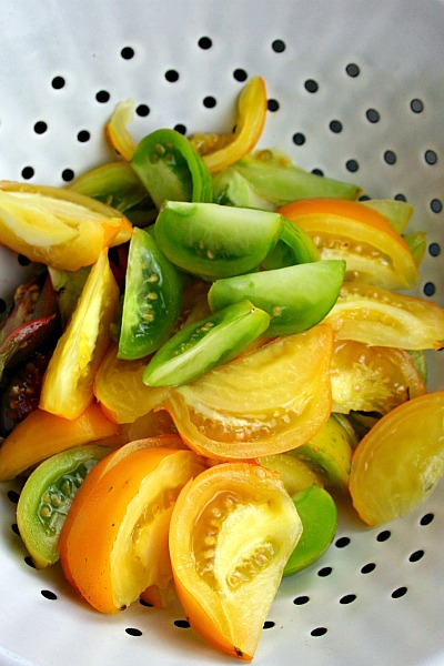 ... : Heirloom Tomato and Hearts of Palm Salad with Spicy Thai Dressing