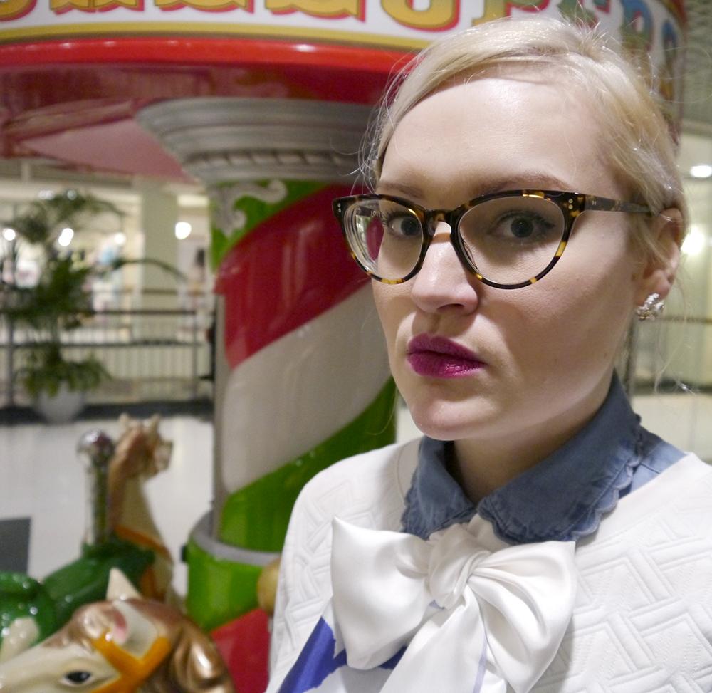 Cleo Ferin Mercury animal scarf, panda scarf, IOLLA glasses Glasgow, denim frill collar, Dundee street style