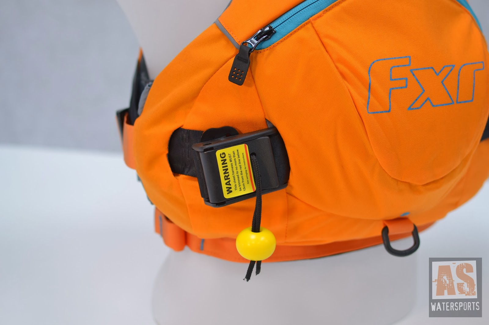 The Palm FXr Safety Harness is easy to remove