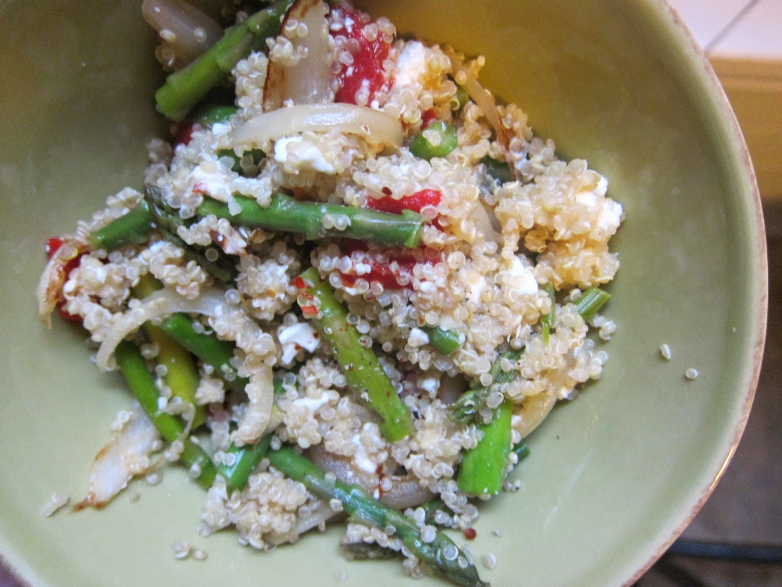 Veggie-Packed Quinoa Salad | The Economical Eater