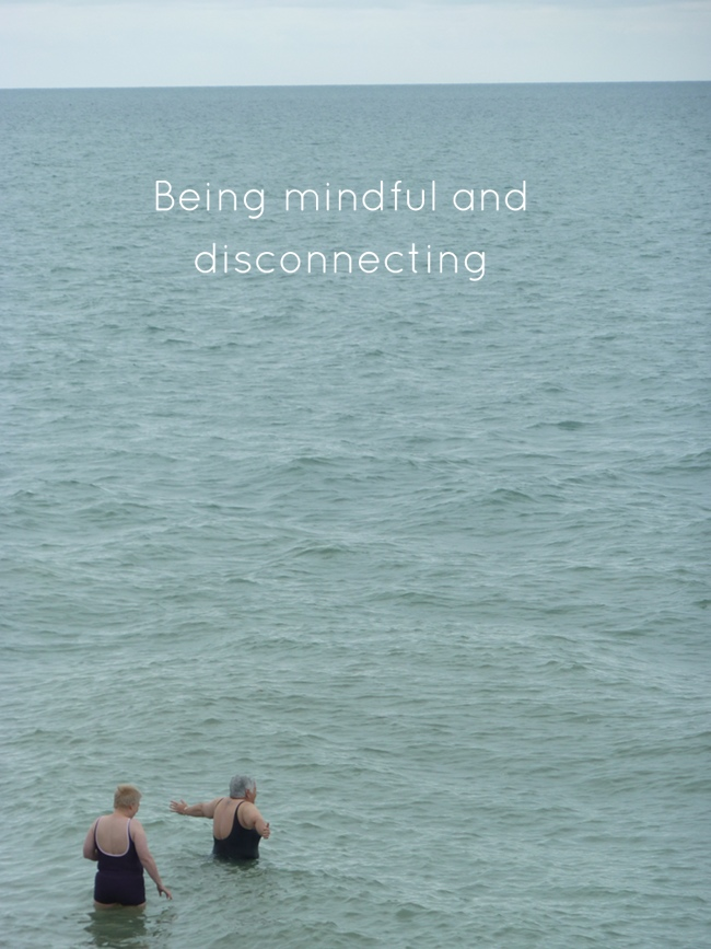 On being mindful and disconnecting via Randomly Happy