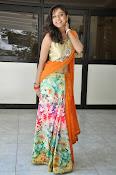 Vithika sheru latest glamorous photos-thumbnail-5