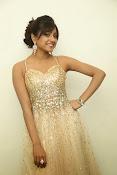 glamorous Vithika sheru new sizzling pics-thumbnail-2
