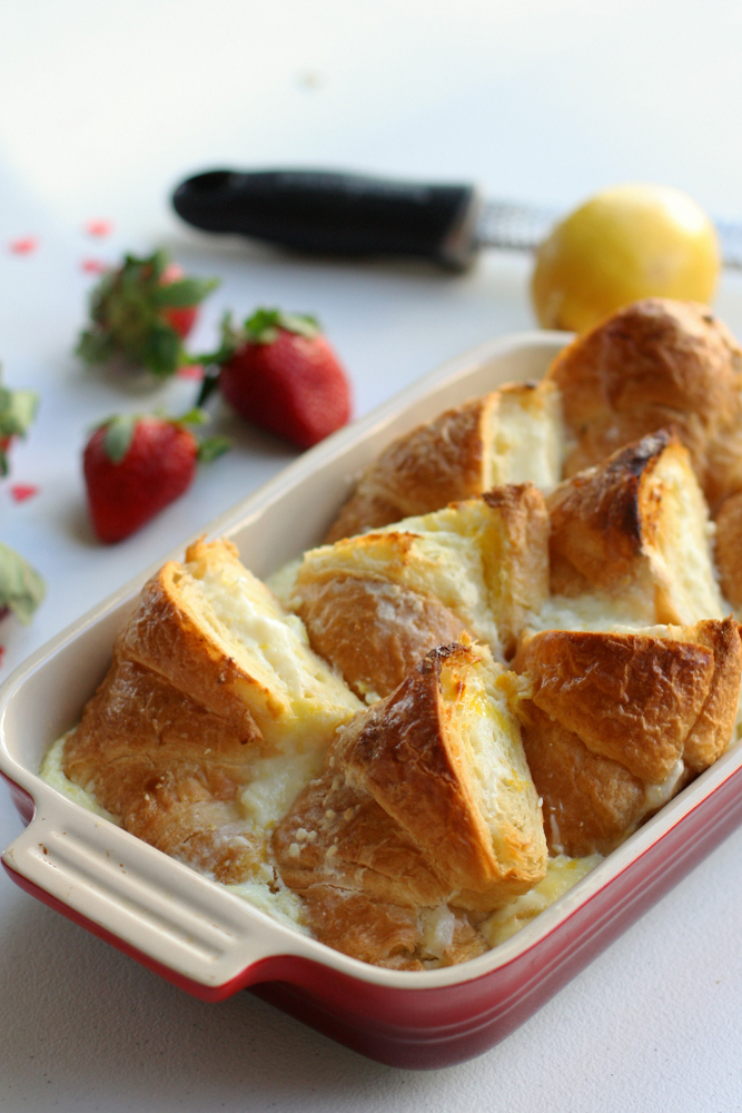 Baked Croissant French Toast with Lemon Cream Cheese. Super easy to ...