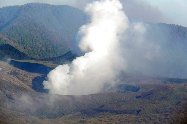 http://2.bp.blogspot.com/-rVA8XADPvK8/Tip9uCvR3DI/AAAAAAAAHMc/U9fRvBraVCQ/s1600/indonesia-volcano-150711-02_051738.jpg
