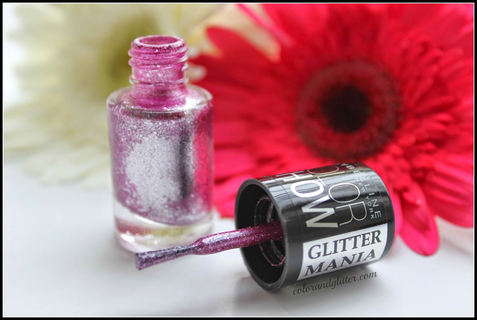 Maybelline Color Show Glitter Mania Nail Polish in Matinee Mauve || Review and Swatches