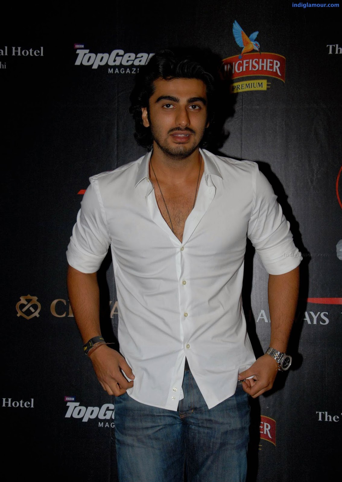 Dashing Arjun Kapoor Wallpapers Hd Free Download Unique Wallpapers