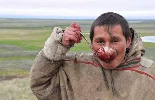 Bộ tộc ăn thịt sống ở Bắc Cực9