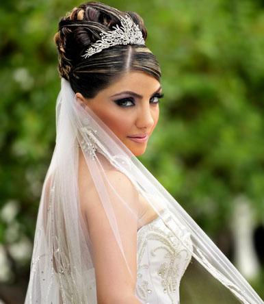 Peinados recogidos y semirrecogidos para novias - Peinados de novia actuales ...