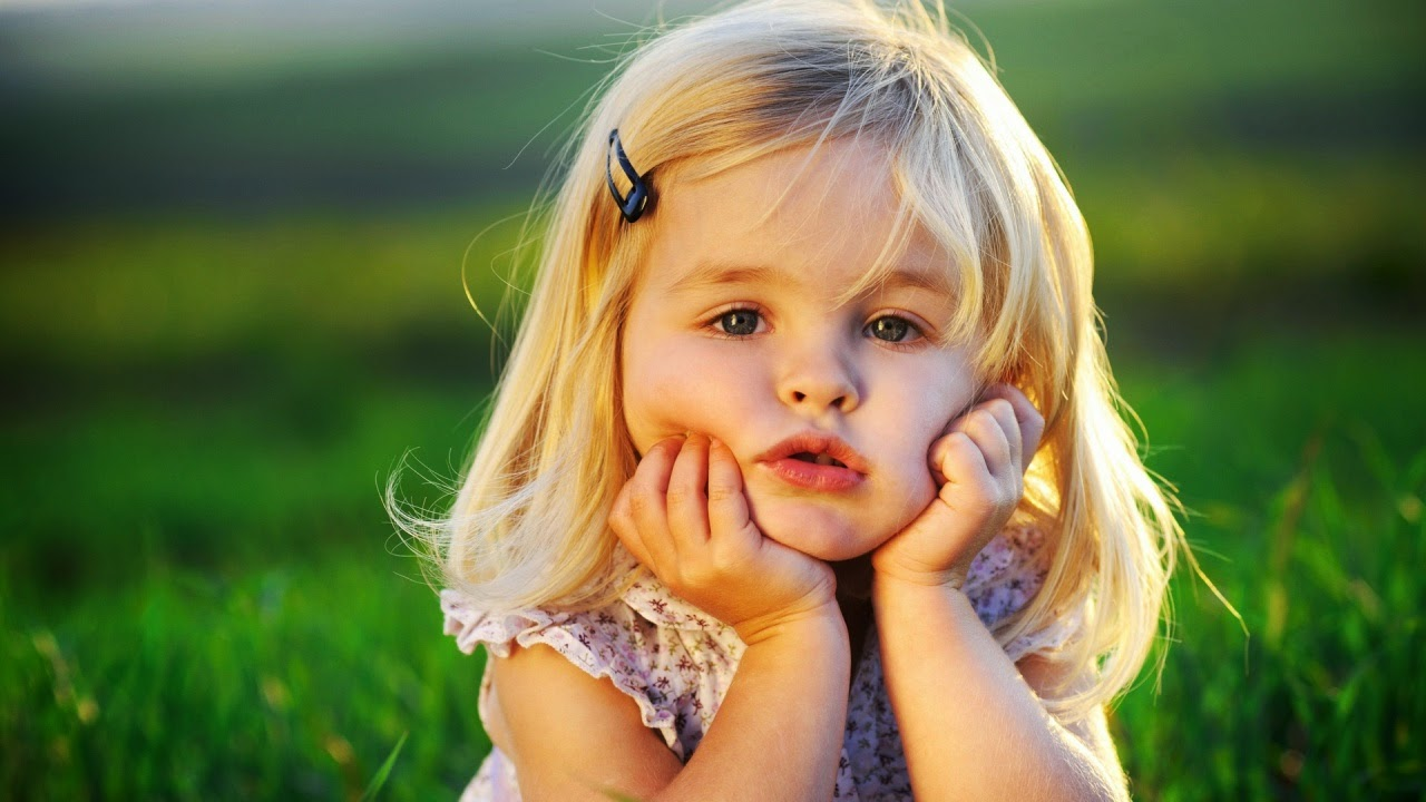Beautiful cute baby wallpapers most beautiful places in for Adorable wallpapers