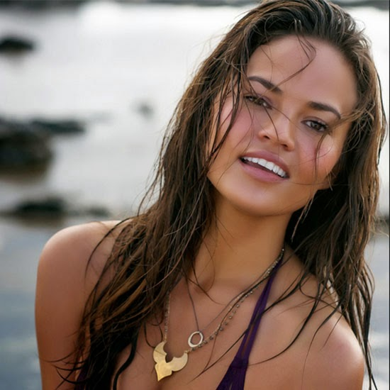 Chrissy Teigen Billabong