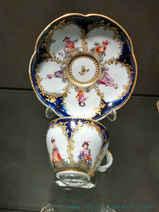Tea Guild of Canada Toronto Gardiner Museum partnership tour ceramics tea coffee hot chocolate