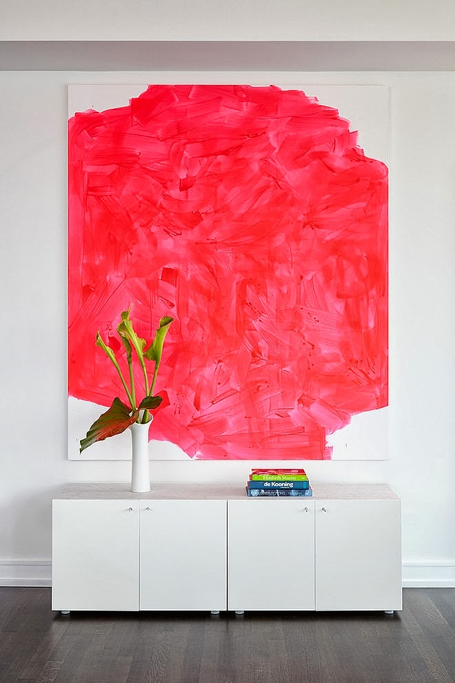 Red painting in Modern apartment by Tara Benet in New York
