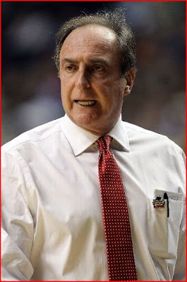 what happened to Fran Dunphy's mustache?