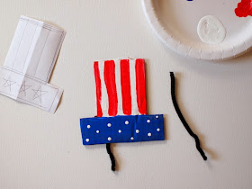 How to put together a DIY Cardboard Fourth of July Hat
