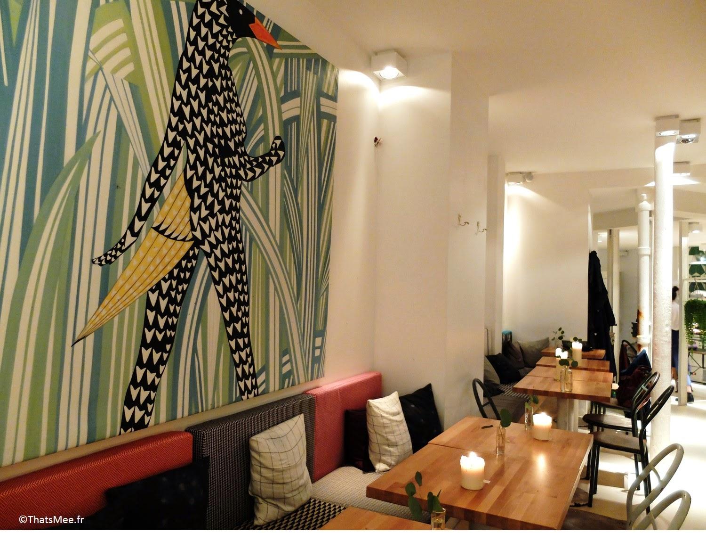 Déco fresque mur peinture oiseau jungle tropical Restaurant Hai Kai Paris, menu food du marché caviste cave à vins bio resto Hai Kai quai de Jemmapes Paris 10ème canal Saint-Martin
