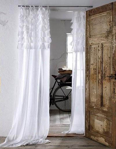 In the name of vintage vestida de volantes - Volantes de cortinas ...
