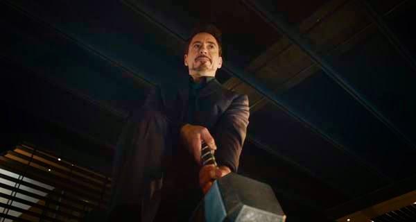 Tony Stark y el mjolnir