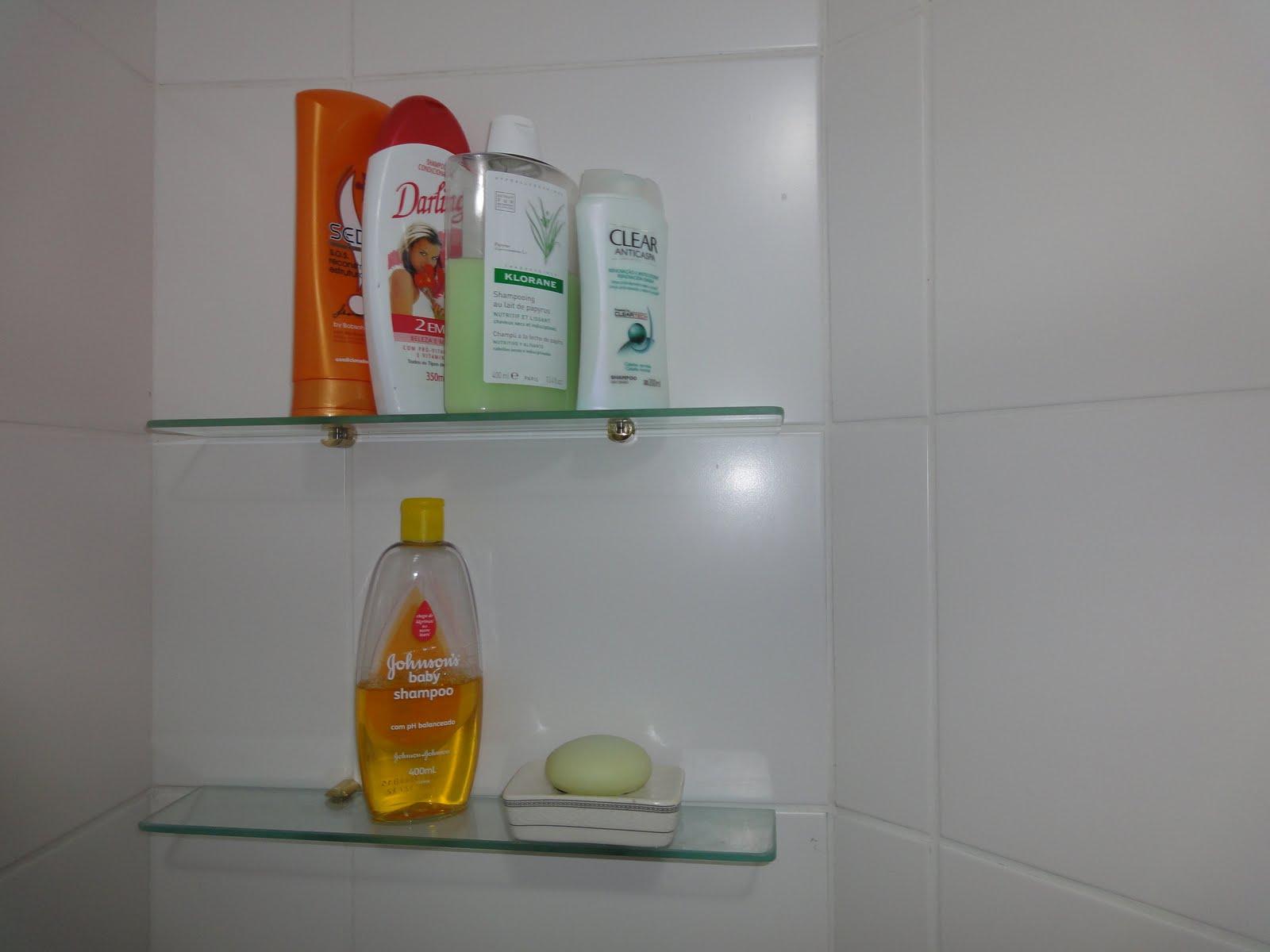 Banheiro social: é esse risquinho aí..clica que aumenta..rsss Tô  #B37F11 1600x1200 Acessórios Banheiro Rua Paes Leme