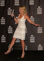 Chelsea Handler legs