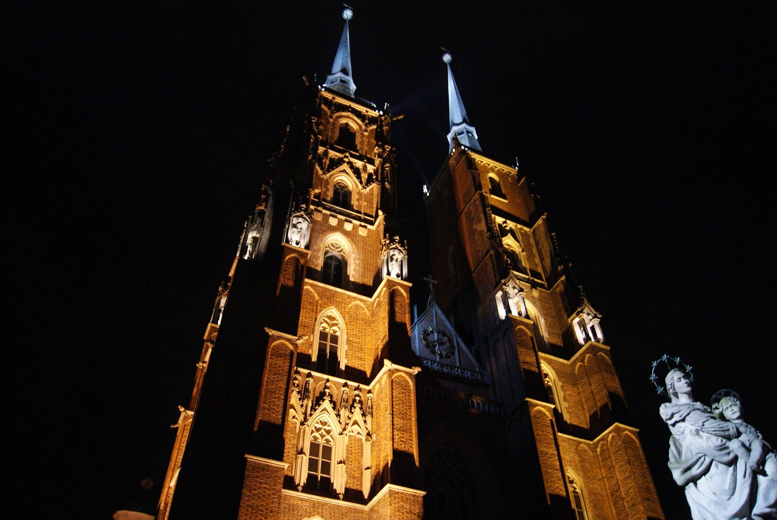 Katedra św. Jana Chrzciciela Wrocław noc