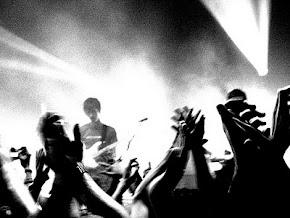 Els músics planten cara a l'estafa