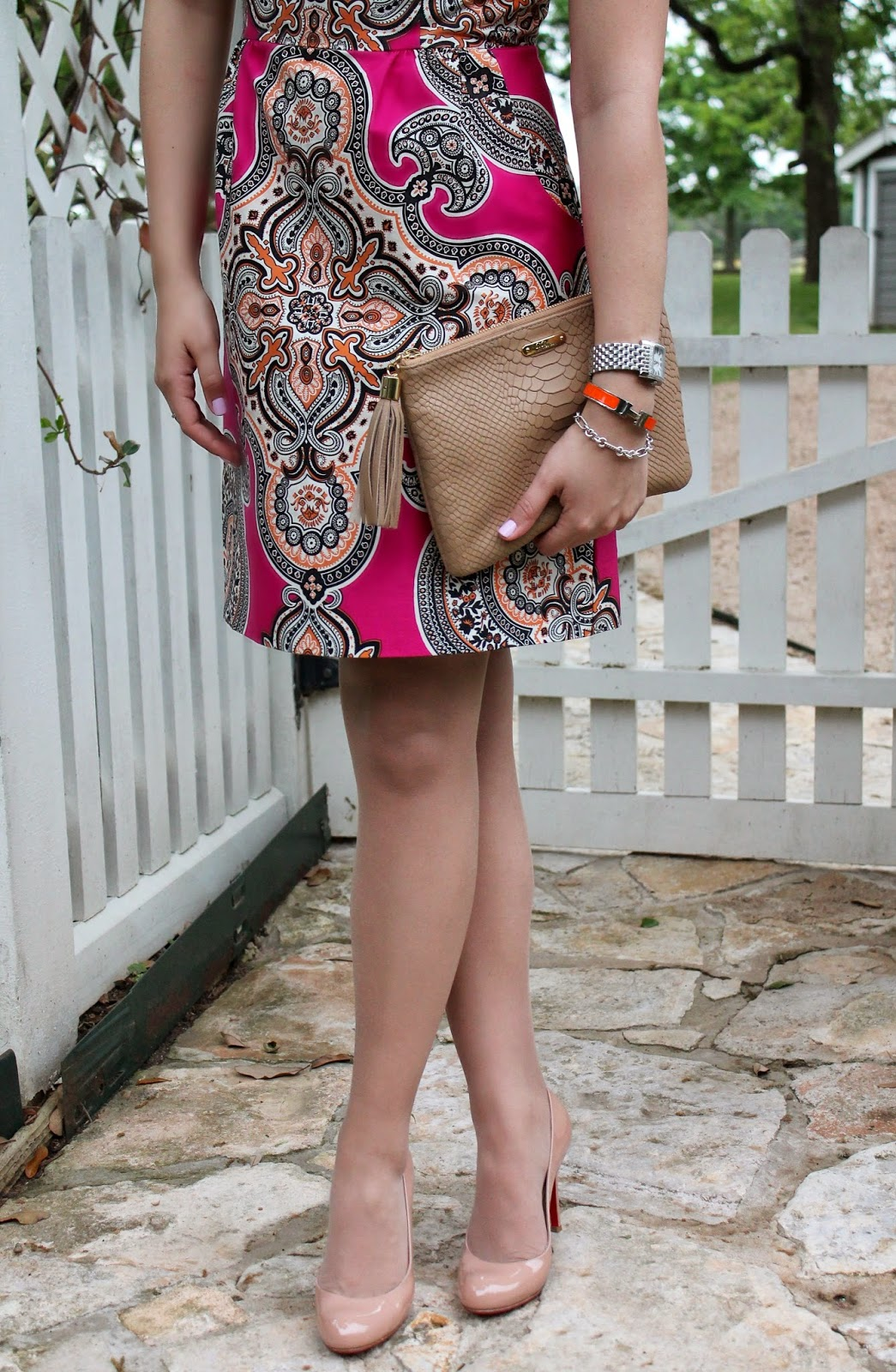 paisley shift dress with nude accessories