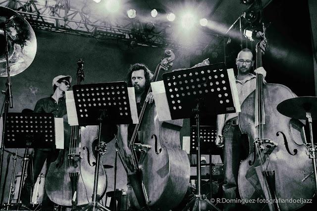 © R.Domínguez - Ensemble UN