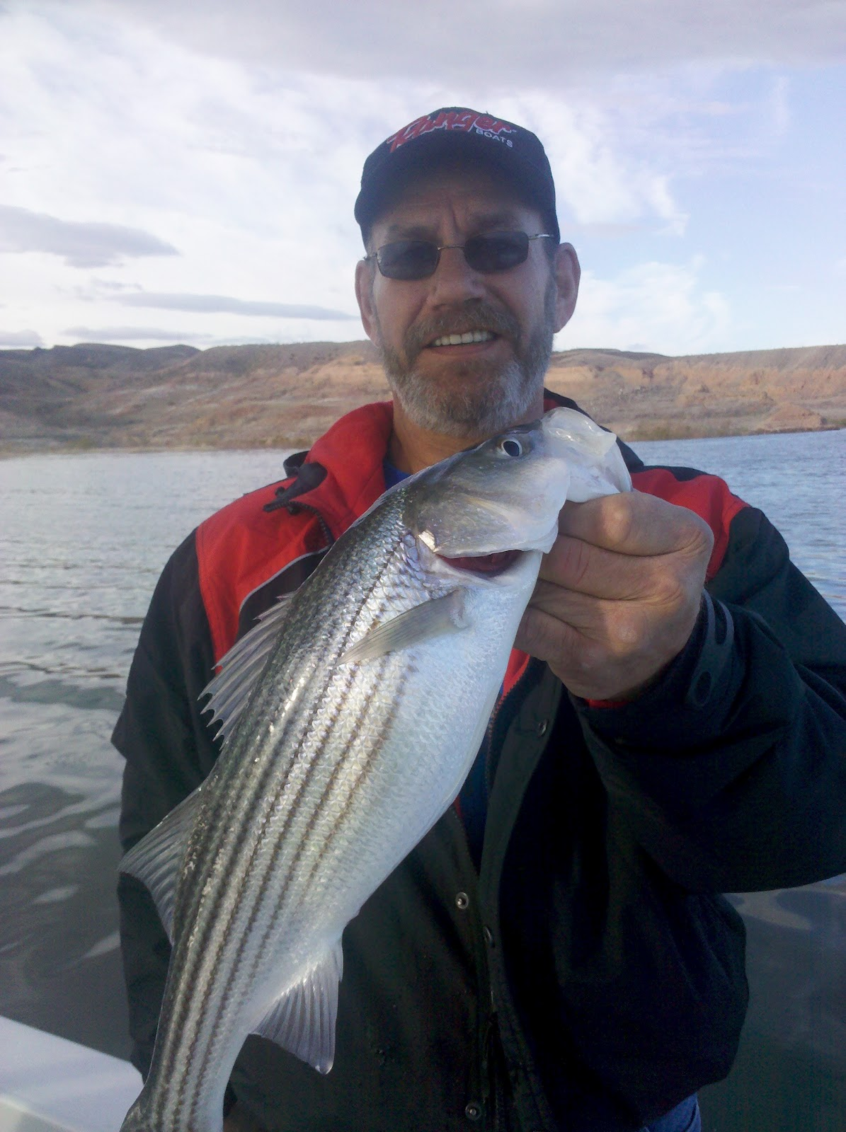 Illinois wisconsin fishing a vacation fishing destination for Lake mead fishing guides