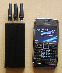 Cell phone jammer guide - How to work on an airplane when you can't use your laptop