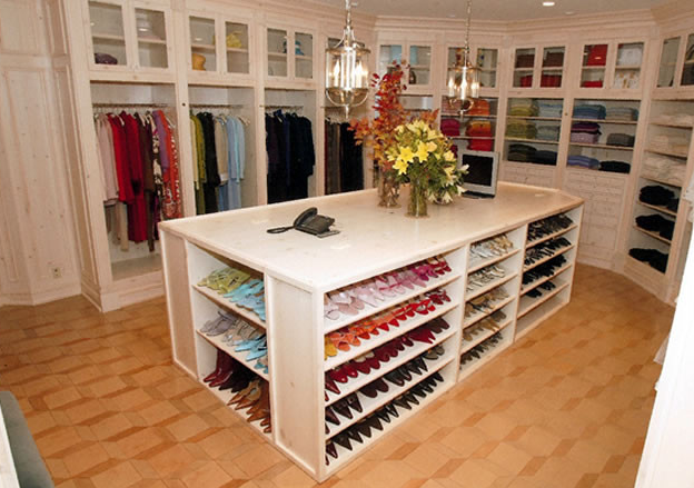 shoe island in dream closet