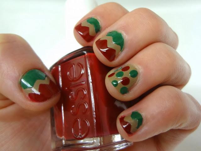 aka Bailey, holiday nail art, chevron, polka dot