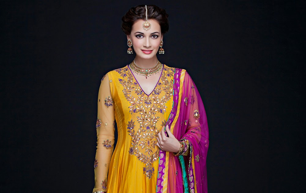 Mehndi Diya Photo : Beautiful bollywood actress diya mirza wedding pictures
