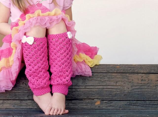 free crochet pattern girly leg warmers