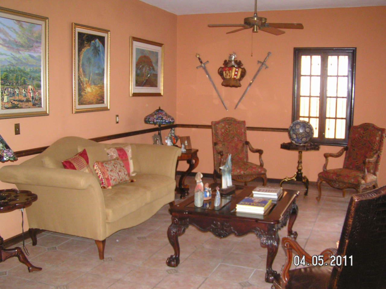 Ricardo Cofino Real Estate # Table De Jardin Ricardo