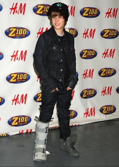 Fashion Style Magazine Justin Bieber Dress Fashion