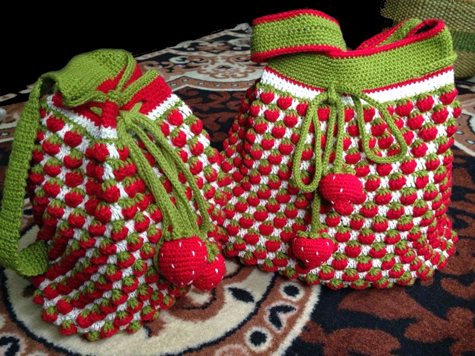 crochet rockstar: Mum and Daughters Crochet Bag and Backpack