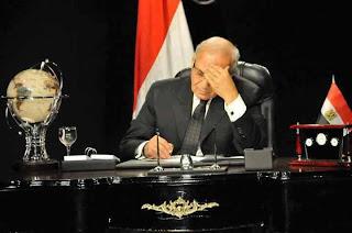 العسكري باع شفيق مقابل أربعة وزارات بالحكومة الجديدة