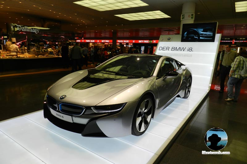 Munich airport bmw i8