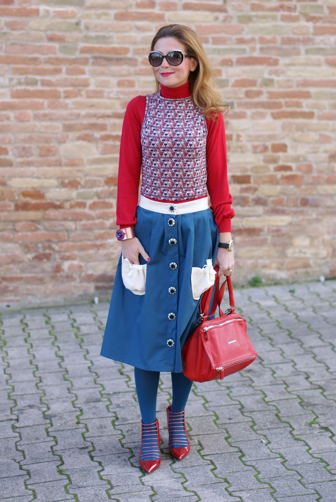 Opposes Complementaires Alice midi skirt on Fashion and Cookies fashion blog and Le Silla heels