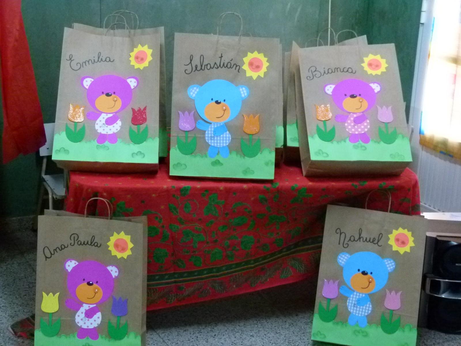 MIS PROYECTOS: Bolsas decoradas para las carpetas de fin de año!!!