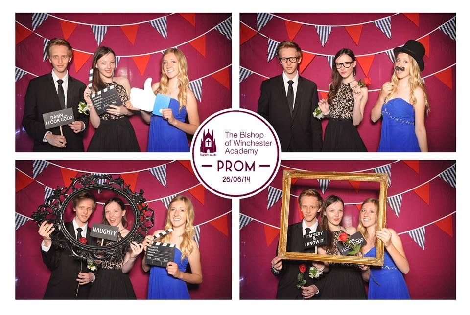 lunarlook_prom_photobooth