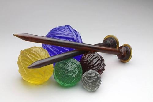 21-Carol-Milne-Glass-Knitted-Sculptures-www-designstack-co